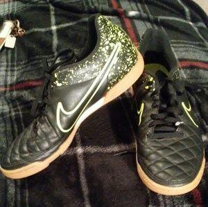 Black Green Nike Tiempo Indoor/Court Soccer Shoe